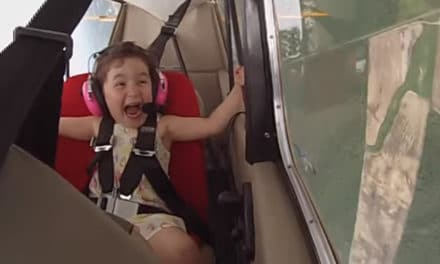 First Aerobatic Flight Lea – Try Not To Laugh?