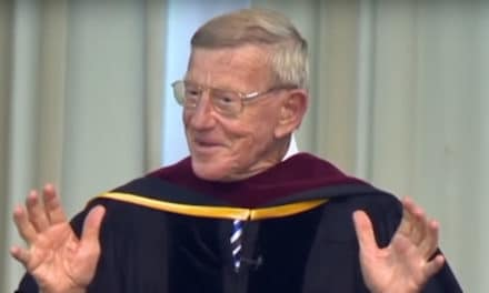 These Are the Rules to a Less Complicated Life | Lou Holtz